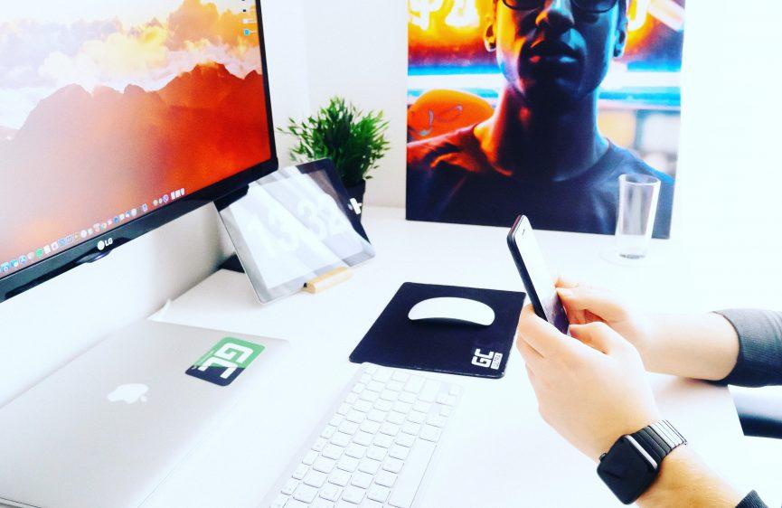 App Developer Desk
